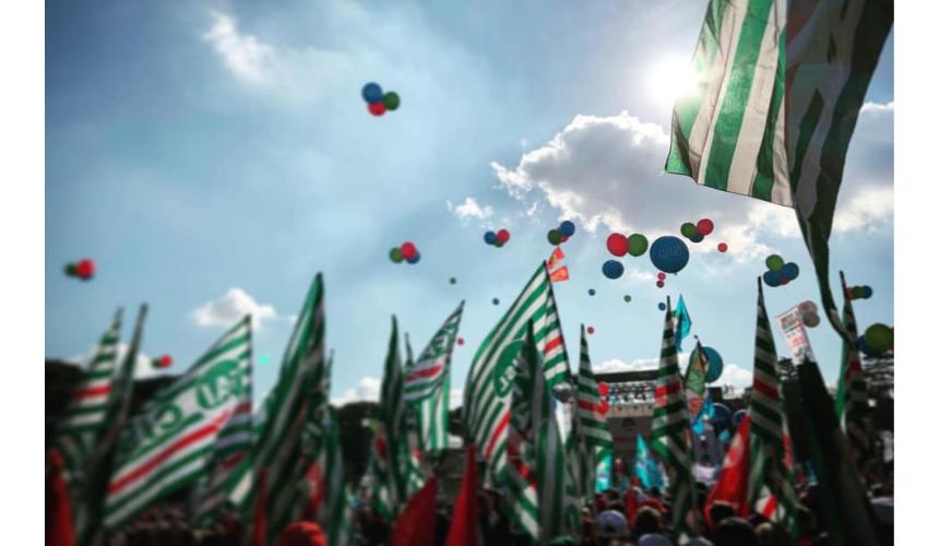 """""""Futuro è servizi pubblici"""". Manifestazione a Roma per cambiare e migliorare i servizi pubblici"""