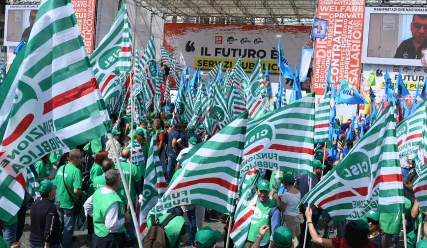 """""""IL FUTURO È SERVIZI PUBBLICI"""", Manifestazione"""